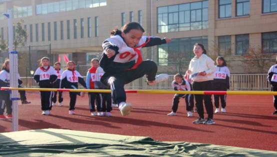 临沭县北城实验学校:举行第三届校园体育节
