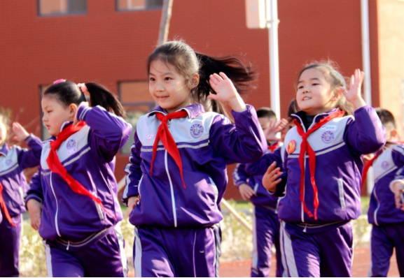 七彩阳光,活力少年 ――高青县千乘湖小学举行2019年广播操比赛