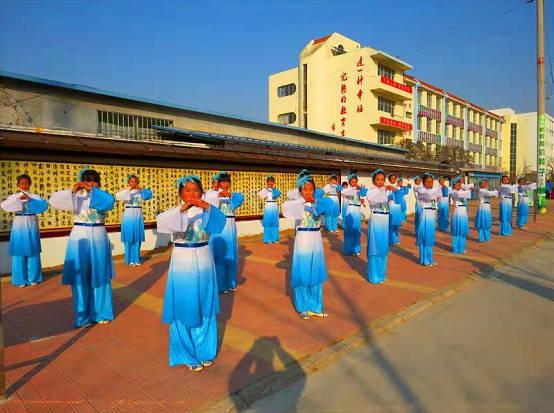 莒县安庄中学开展国学经典进校园活动