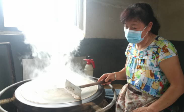淄川区西河镇:小煎饼走向大世界